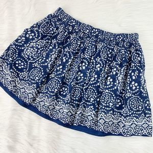 Two by Vince Camuto Blue Printed Mini Skirt Medium